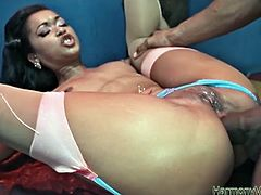 See the nasty ebony bitch Skin Diamond getting her hot booty drilled balls deep into a massive anal orgasm by a hung black stud.