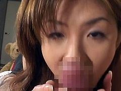 Cute japanese likes having loads of cum splashing her face and filling her mouth