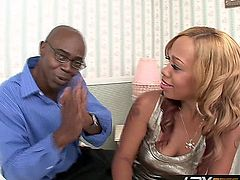 Gorgeous ebony slut Melrose Foxxx masturbates her clit while sucking cock, then lets this horny stud drill her juicy wet pussy until shooting a massive load all over her face