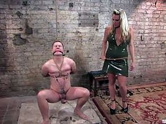 Being a mistress involves not only to have a sexy body, but a kinky mind. It takes a few skills, including mind fucking and how to properly use strings and rope. Harmony knows all that and used her skills, to torture her guy's nipples and cock. She humiliates and punishes him, but makes time to suck his cock too
