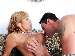 Ryan Driller bangs Ava Devine with phat booty as hard as possible in anal sex action