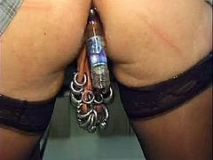 Extreme anal game with mature pierced pussy