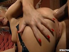 This blondie knows how to share and now it's her friend's turn to fuck. Horny stud fucks this slut's butthole mercilessly in and out loosening uo her once tight hole.