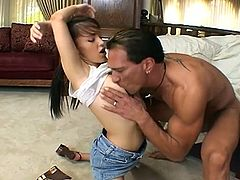 Monster cock for Jenna Presley's tight pussy. You can see on her face how she's having trouble inserting that dick inside her. She still gives her best to satisfy him with her horny moves.