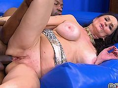 rita takes big black dick up her azz!!