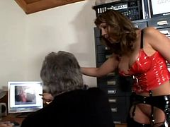 Insatiable brown-haired porn star Ava Devine is getting naughty with some old dude in an office. She shows her coochie to the man and allows him to finger and eat it.