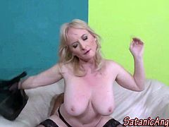 Interracial fucking with mature milf in stockings in hd
