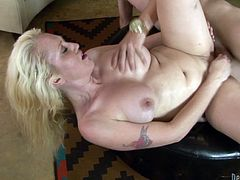 Here is a sexy hardcore video featuring a horny blonde getting her cunt pounded doggystyle and she is loving every second of it.