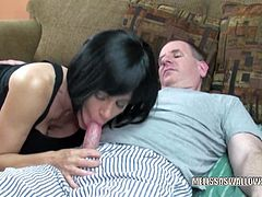 Busty and mature slut Melissa Swallows is getting her loose pussy banged by a geek in this amateur video.Watch how she sucks his fat cock before bending down and taking it hard and deep in doggy-style.