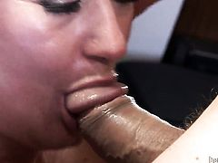Dana Hayes puts Jay Huntingtons snake in her mouth and sucks repeatedly