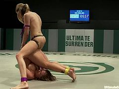 Once she loses a chance to grab a strapon, then she loses her chances to win the fight in general. Enjoy hoe Holly Heart gets fucked by Rain DeGrey in this lesbian session!