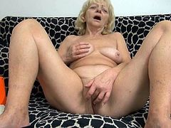 Watch this hot but old lady getting her pussy penetrated by her plastic toys which are quite large in Old Nanny sex clips.