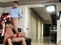Angelica Heart has some time to stroke her hole