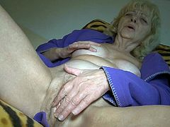 Watch this horny grandma with her swingind titties finger drilling her wet and big ass pussy in her bed in Old Nanny sex clips.