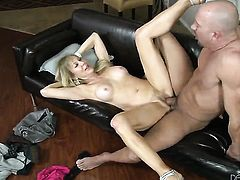 Erica Lauren is in heaven eating Will Powerss thick worm after backdoor sex