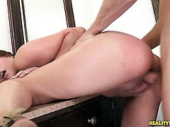 Brunette chicana Bliss Dulce shows her cock sucking talents to Michael Vegas