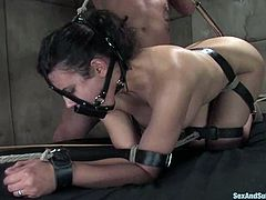 Penny Barber is playing dirty games with Derrick Pierce indoors. She lets the man bind her, then gets her snatch pinched and fiercely fucked in missionary position.