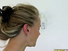 Blonde polishes lucky dudes hard man meat with her lips