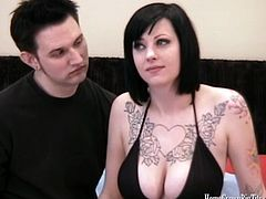 Check out this horny tattoed couple in a nasty homemade action. She takes her top off to reveal her perfect natural tits and received some hardcore pounding into her twat!