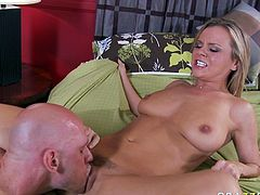 Delicious hairy snapper of torrid blonde babe Bree Olson gets eaten. Big dick penetrates her coochie missionary style and later Bree tops that shaft in reverse cowgirl pose.