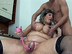 A pussy pump and a hard cock in her ass are goin