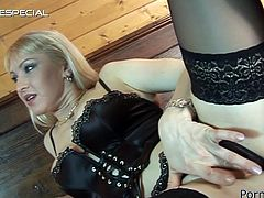 Mind blowing blonde hottie with phat ass strokes her clit while one guy licks her delicious pinkish cunt. Slut gets on all fours and gives blowjob.