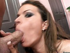 Unthinkably hot hoochie Bailey Brooks is ready to suck guys snake fuck 24/7