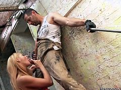 Check out this hardcore scene where the beautiful blonde babe Cathy Heaven is nailed by a guy as you hear her moan and check peep her amazing body.