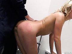 Danny D seduces Mouth-watering honey Carla Cox into fucking and puts his dickin her bottom