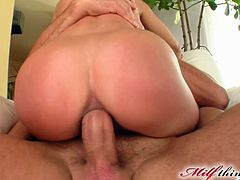 Some horny bastard shoves his big hard throbbing dick balls deep into some bitch's tight bunghole in this kick-ass bum sex scene!