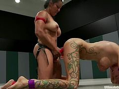 White and Latin chicks fight each other in a ring. Rain DeGrey loses a fight, so she gets her pussy toyed by Izamar Gutierrez. Later on Rain licks Izamar's vagina.
