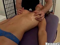 Special Naughty Massage for Teen Babe Presley Hart