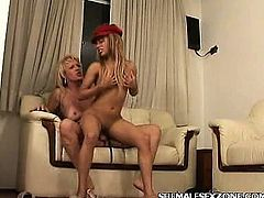 Shemale Drilling a Pussy with her Cock