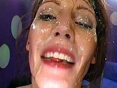 Lusty babe feels amazing by having loads of cum splashing her face and warm pussy