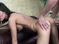 Astouding cougar screams with a big dick slamming deep in her pussy