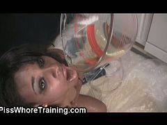 Biohazard Bitches brings you an amazing free porn video where you can see how a vicious ebony teen as she drinks her own warm pee while assuming some very naughty poses.