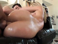 Alexis Texas gets her mouth attacked by James Deens beefy hard fuck stick