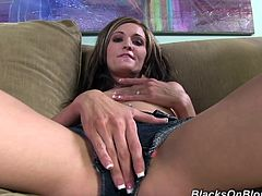 Have fun with this hardcore scene where the horny Lia Lynn Robinson ends up with her mouth filled by cum after taking a pounding from a big cock.