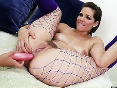 Devilishly sexy seductress Alysa and Bobbi Starr both have great lesbian experience
