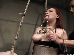 Mature Katy Parker and Kyra gets nude before they caress each other