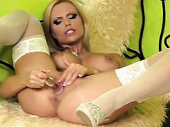 Gitta Szoke does striptease before she plays with her twat