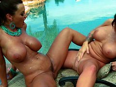 A couple of lesbian hotties get naked and get freaky with each other in this amazing chick on chick sex scene right here. Hit play if you like veggie!