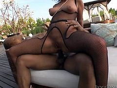 Get a load of this hardcore scene where these gorgeous ladies and lucky fellas have an outdoors orgy that gives you more than just a boner.