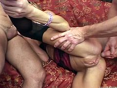 Have fun with this brutal hardcore scene where the slutty blonde Chelsea Zinn is double penetrated by guys in a gangbang that leaves her out of breath.