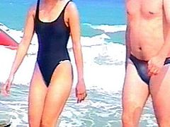 candid beach compilation 3