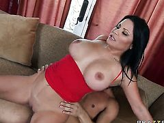 Danny Mountain wants to fuck sex crazed Sophia Lomelis neat bush forever