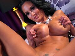 Ava Addams bounces her big boobs while deep slamming her shaved cunt in solo