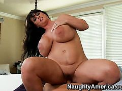Christian is horny as hell and cant wait any longer to fuck hot Indianna Jaymess love hole
