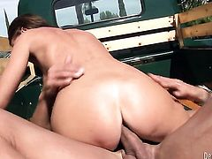Jennifer Dark gets her ass way used before man shoots his load