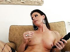 Mark Wood has unthinkable oral sex with India Summer after she gets her fudge packed